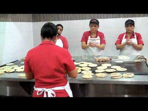 """Pupusas """"Typicos Margoth"""" - San Salvador, El Salvador"""