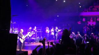 Never gonna give you up- Rick Astley Live in TivoliVredenburg