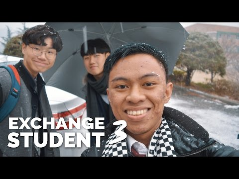 EXCHANGE STUDENT VLOG #3   OUR FIRST SNOW EXPERIENCE