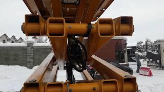 видео Ножничный подъемник Haulotte Compact 10 DX на дизельном двигателе