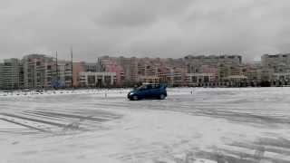 М.Г. Горбачев. Обучение приёмам безопасного вождения зимой.