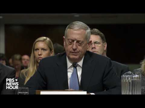 Sen. Claire McCaskill asks retired Marine Gen. James Mattis about women in combat roles