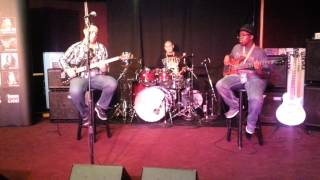 Gambar cover Bass Player Live 2014 jam with Caleb Gonzalez
