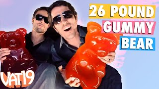 Repeat youtube video The 26-Pound Gummy Bear