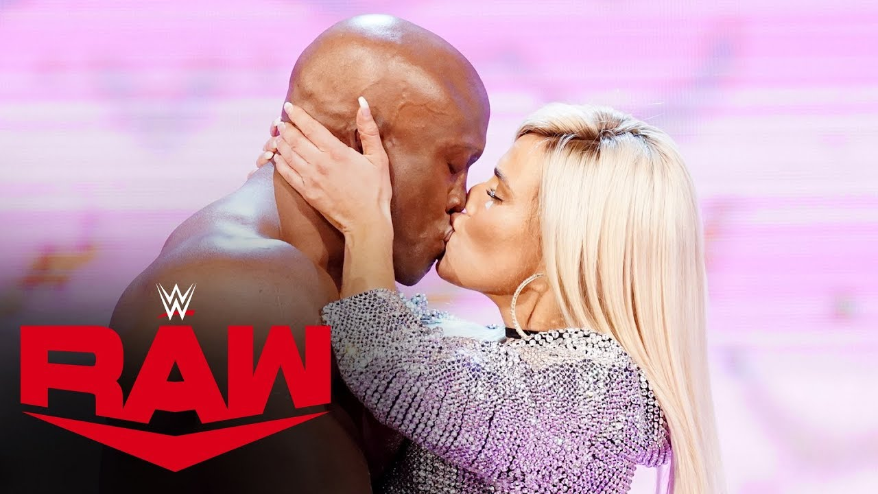 Lashley's shocking kiss to Lana leads to attack on Rollins: Raw, Sept. 30, 2019