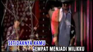 Download Vierra - Pertemuan Singkat (Karaoke + Live) - YouTube.mp4