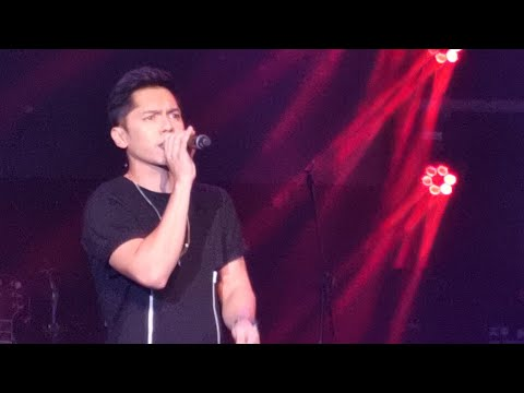 carlo-aquino-sings-dive-by-ed-sheeran-in-liwanag-concert