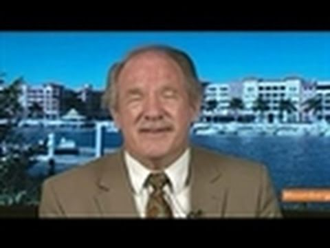 Dunkelberg Says Tax Cuts Need to Benefit Consumers - YouTube