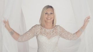 Olivia Newton-John Records Sexy Remake With Daughter Chloe
