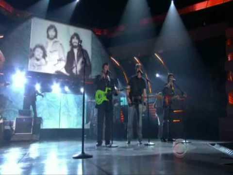 Brad Paisley ft. Alabama - Old Alabama live at the 46th ACM Awards mp3