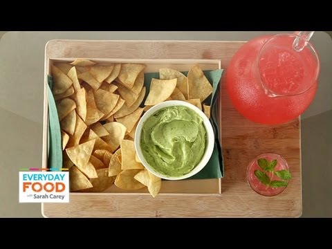 Best way to make avocado dip with sour cream