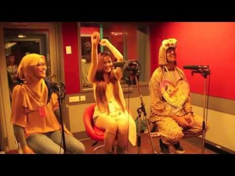 Katy Perry Flyaway Showdown!