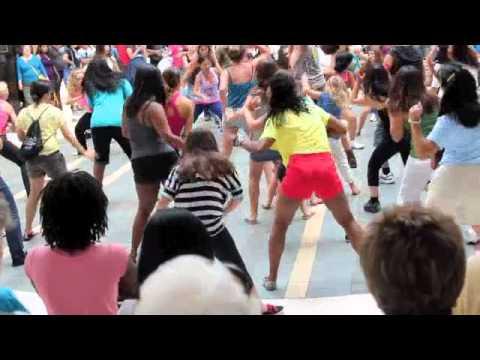 Tasha's Flash Mob - Los Cerritos Mall - July 30