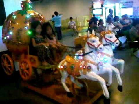 2 Cinderellas Riding Horses
