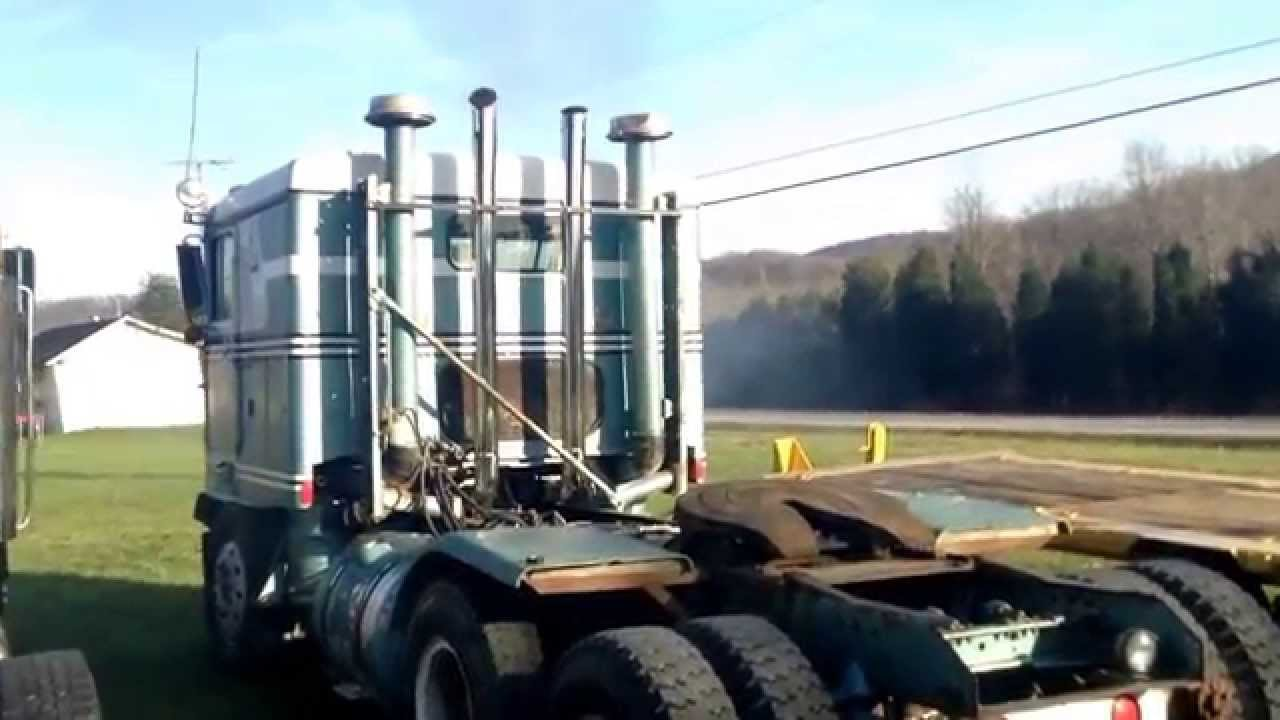Detroit Diesel 12v71 Cold Start And Rev Youtube