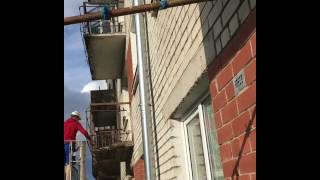 У жительницы Олайне пропал балкон
