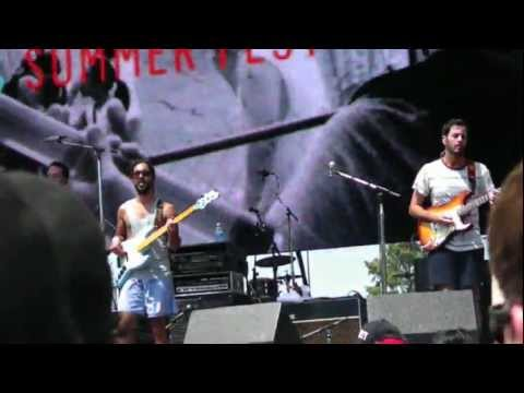 Shake My Hand - Young The Giant - Live