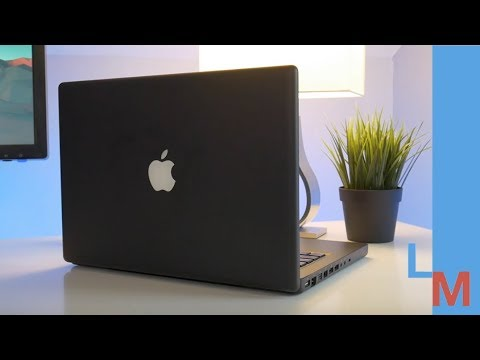 The Forgotten Black MacBook is a Bargain at $100!