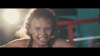 Смотреть клип Brooklyn Queen - No Gimmicks