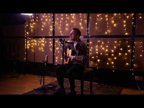 "William Jack – ""Push Comes To Shove (Acoustic)"" [Live At Resident Studios]"
