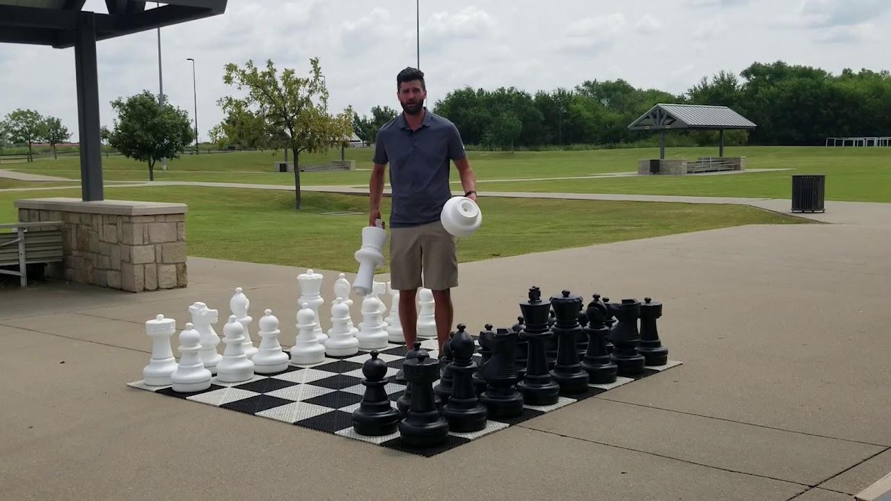 MegaChess 7 Inch Light Plastic Queen Giant Chess Piece
