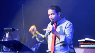Engeyum Eppothum Raja - Toronto 2013, En Iniya Ponn Nilaavae By Karthik