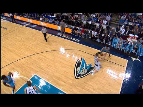 wilson-chandler-drives-and-throws-down-the-posterizing-jam