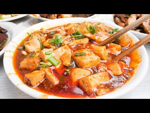 one-of-the-best-chinese-street-food-joints-in-chengdu,-china-|-best-chinese-cooking-and-mapo-tofu!