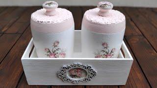 Envases de plástico decorados con decoupage y cascarón