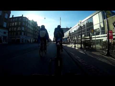 Copenhagen Cycling: Low Morning Sun