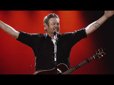 Brad - Blake Shelton - Friends And Heroes Tour Video as Blake arrived in Jax