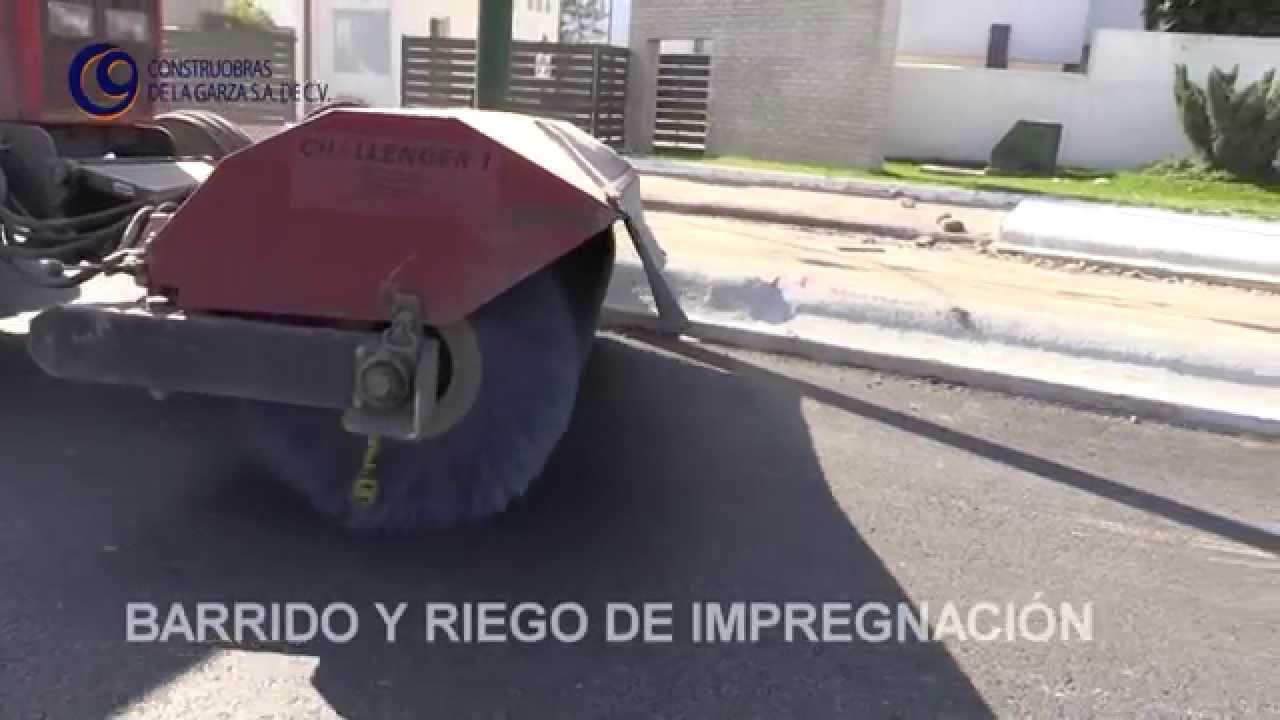 Barrido y riego de impregnaci n youtube for Aspersores para riego de jardin