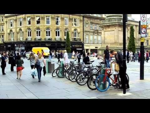 Newcastle Upon Tyne -  City Centre - Plus getting Interrigated by School Kids - Part 1.