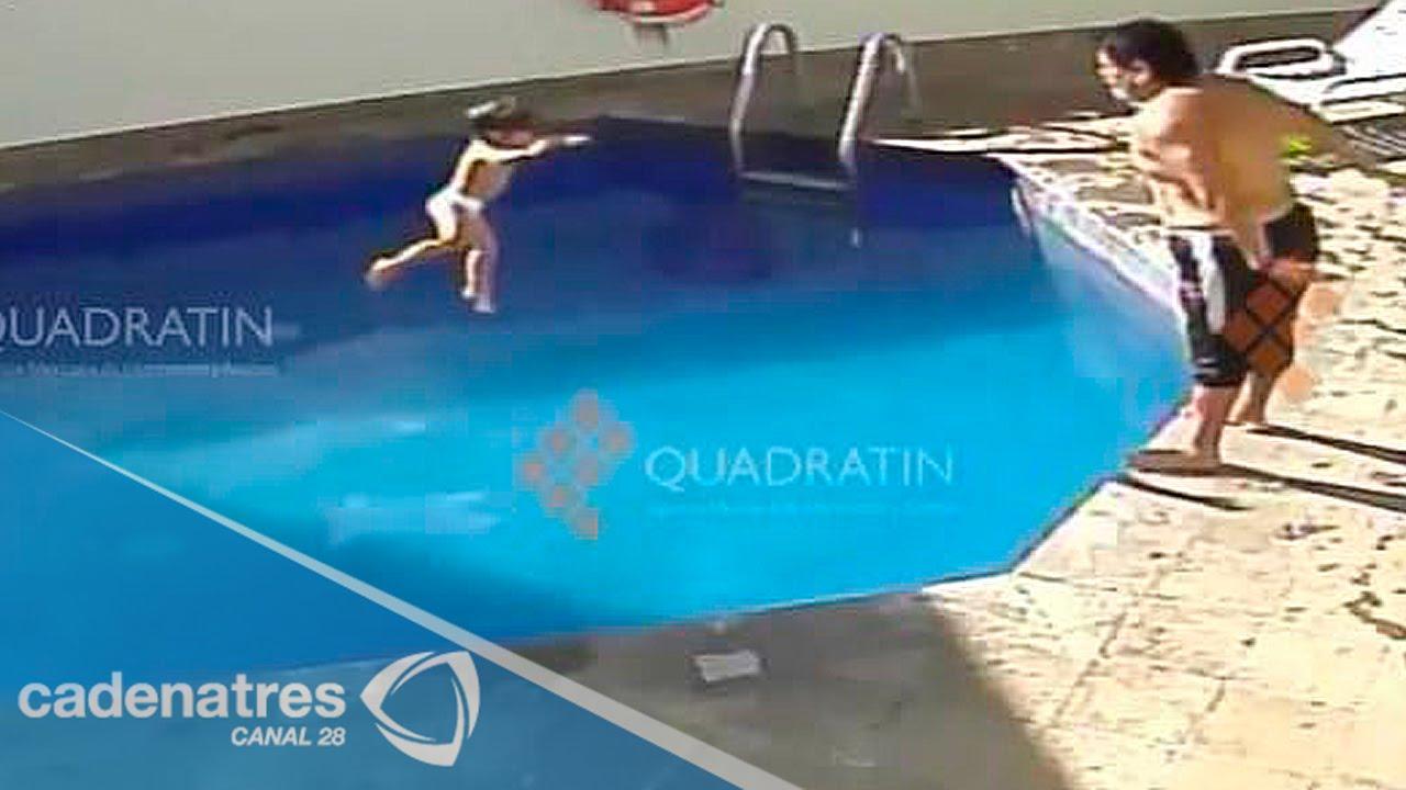 Video hombre ahoga a menor de 3 a os en una alberca de for Presupuesto para una alberca