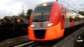 РЖД: Скоростной Поезд «ЭС1» - 031 «ЛАСТОЧКА».(Российские Железные Дороги: Скоростной Поезд «ЭС1» - 031 «ЛАСТОЧКА». На станции