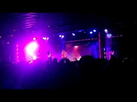ATOMIC KITTEN LIVE - Butlins Live Music Weekends