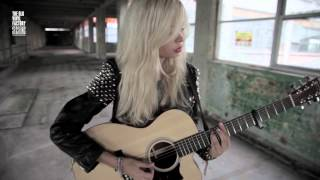 nina nesbitt ain t no sunshine at the old vinyl factory