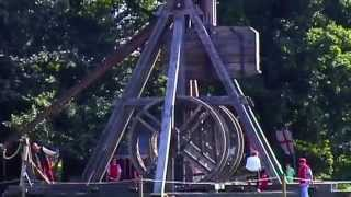 World's Biggest Catapult Trebuchet & How It Works