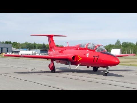 Acer Cold War Museum Aero L-29 Delfin L29 departing Sherbrooke YSC CYSC