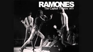 Ramones - Capitol Theatre (Passaic, New Jersey 19-11-1977)
