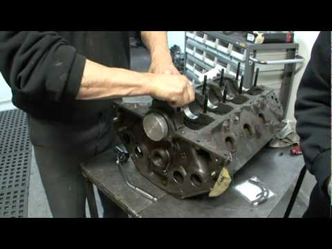 Holden V8 Rear Main Seal Installation Mp4 Youtube