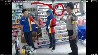 Download Video Akhirnya karyawan indomaret ngaku NAKAL setelah didesak polisi MP3 3GP MP4