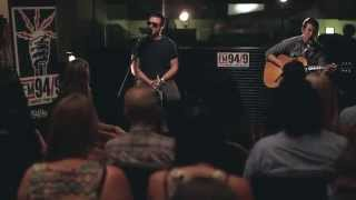 Arctic Monkeys - Why'd You Only Call Me When You're High (acoustic) - FM 94/9