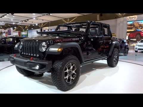 2018 Jeep Wrangler JL At The Canadian Auto Show