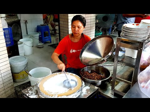Phát thèm quán bánh cuốn hơn 40 năm ở Sài Gòn đông (nghẹt khách) | saigon travel Guide
