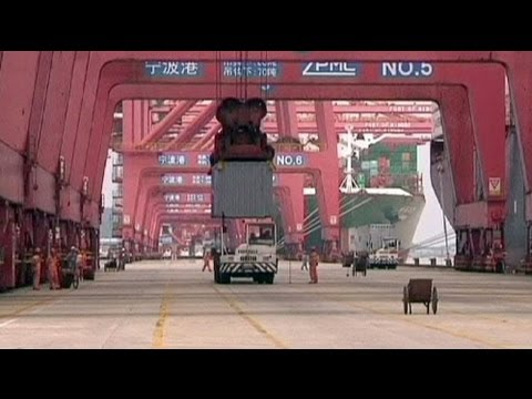 Import slump boosts China trade surplus