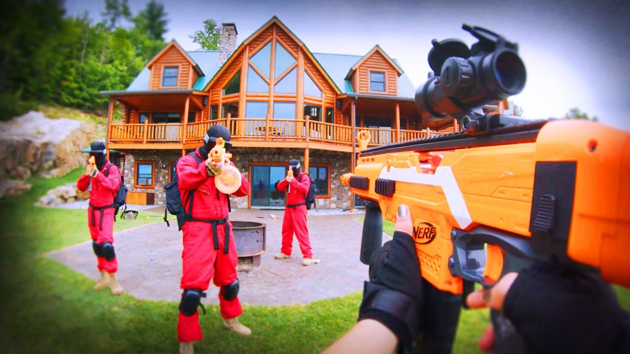 Nerf War FPS: HUGE Mansion Battle 2