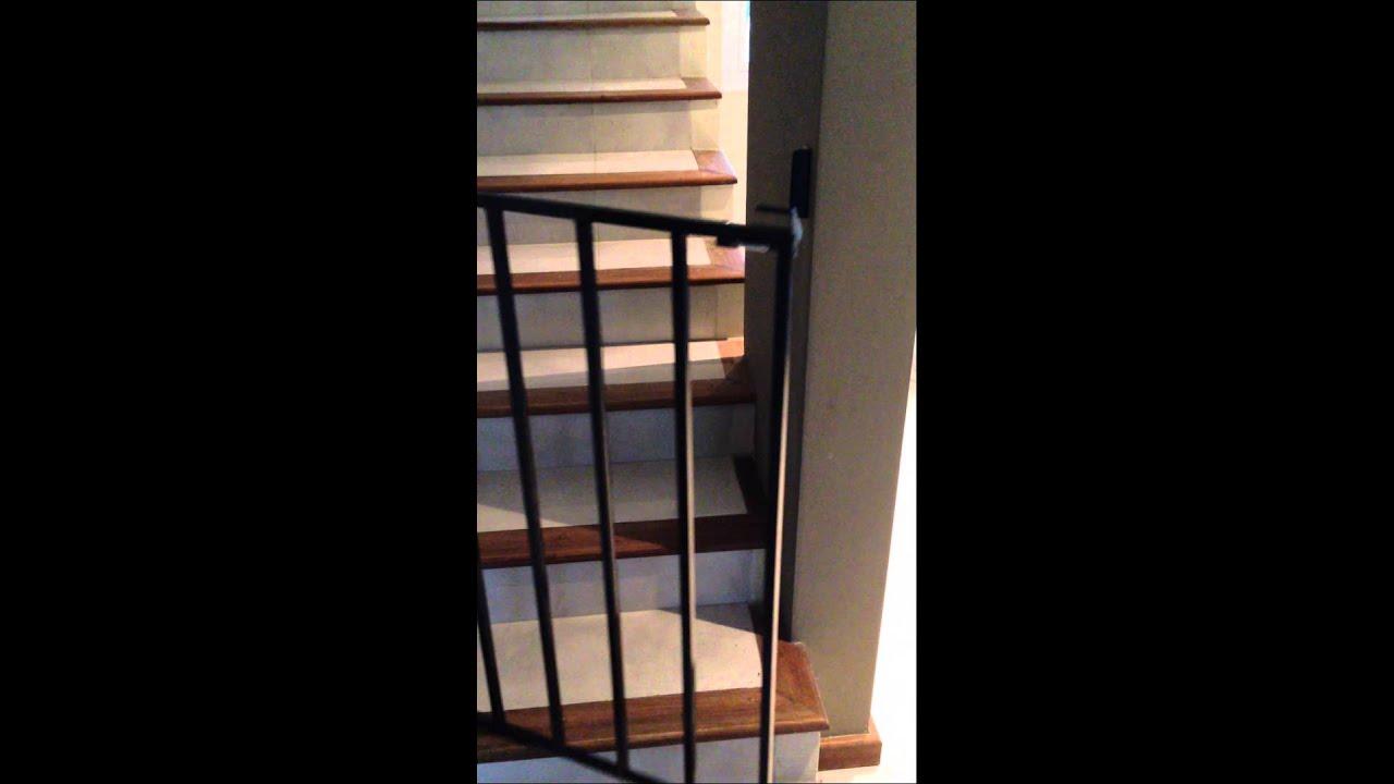 Puertitas proteccion seguridad bebes ni os puertas escaleras youtube - Proteccion escaleras ninos ...