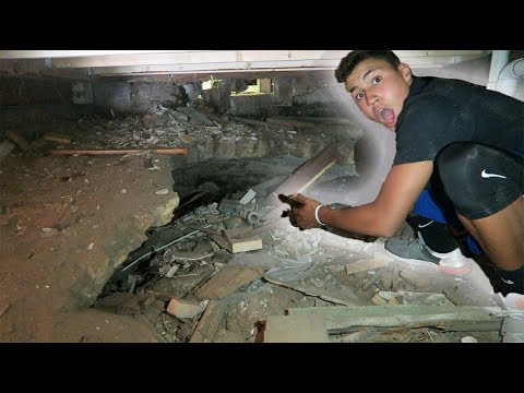 WE FOUND A SECRET ROOM UNDER OUR HOUSE!!