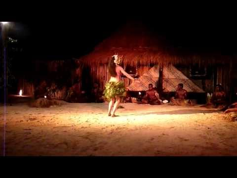 Amazing fijian girl dancer - Robinson...